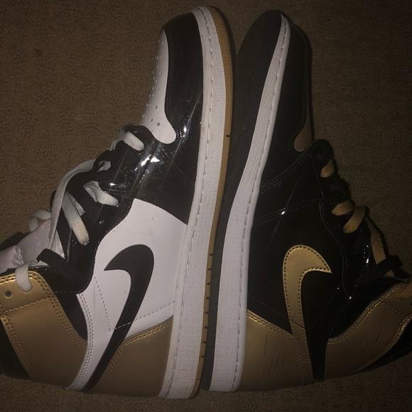 newest 72af4 e6761 Jordan 1 Gold Toe (Top 3)